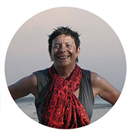 http://www.meditationfrance.com/2012-images/jacotte-chollet.jpg