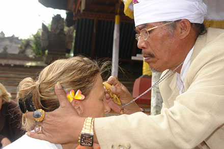 Le traitement leczéma sur la tête
